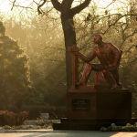 Памятник И.Э.Дувану. Евпатория. Фото Елены Покрепы.