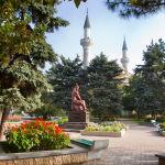 Памятник Ашик Омеру. Евпатория. Фото Елены Покрепы